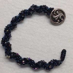 Jewelry - Hand Beaded Spiral Twisted Bracelet
